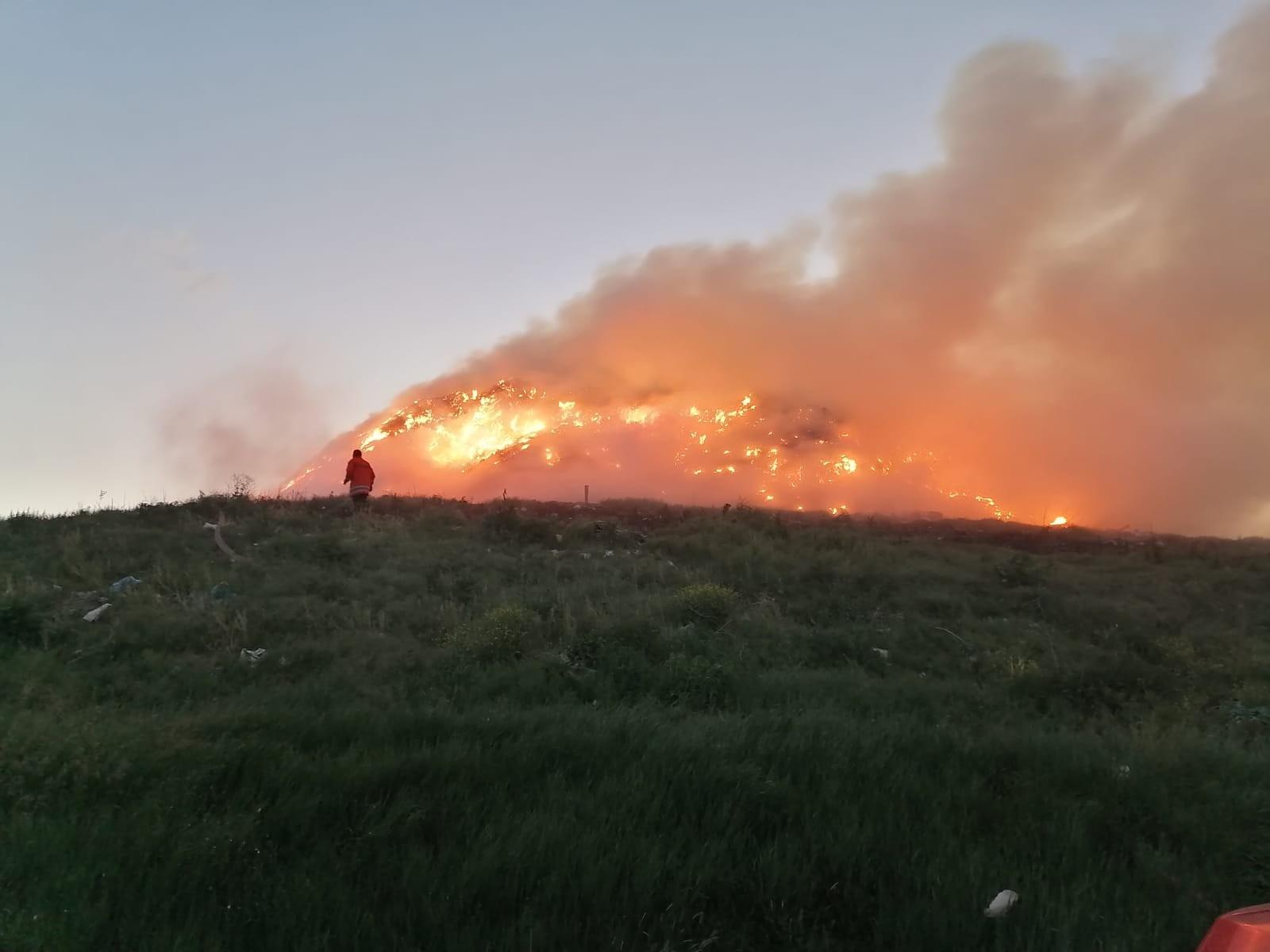 HSS | Požar na odlagalištu Davor u BPŽ
